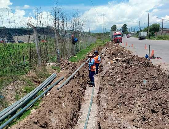 Nuevas redes de agua y cloacas en barrio San Guillermo de Capital
